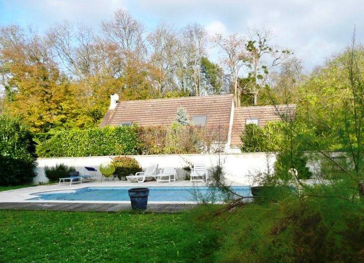 Belle maison de 185 m avec piscine sur - Piscine bussy saint georges ...