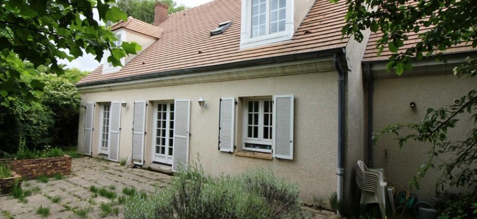 Pavillon de 180 m² avec jardin PROCHE RER BUSSY SAINT GEORGES