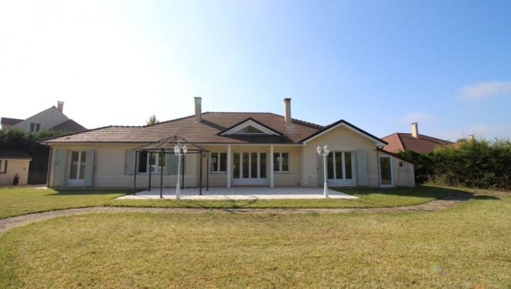 VENDU AIVB : Villa Kaufman d'exception de 220m² habitables sur Bussy St GEORGES