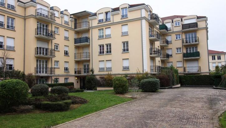 VENDU AIVB : Appartement F2 de 50m² en plein centre ville