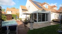 Villa de 210m² plein centre ville de Bussy St Georges avec piscine