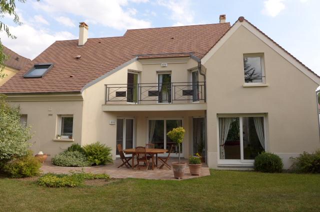maison d 39 architecte sur bussy st georges proche centre villechoisissez aivb agence immobili re. Black Bedroom Furniture Sets. Home Design Ideas