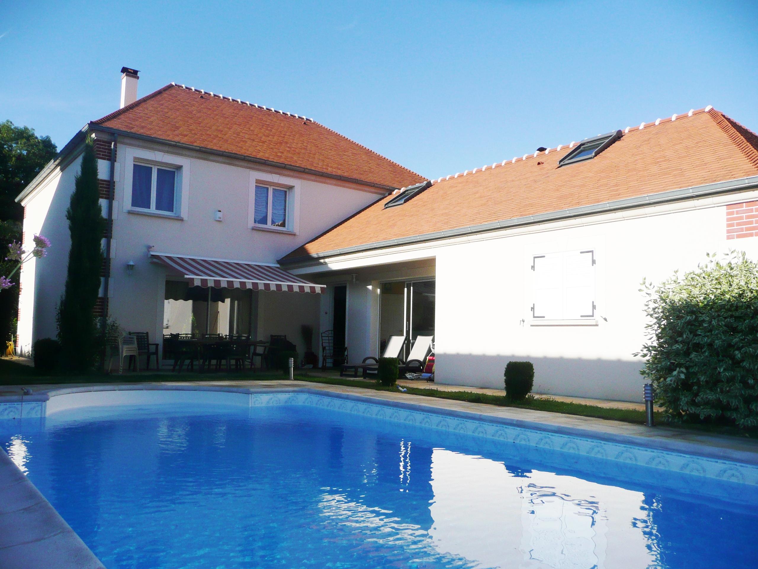 Vendu aivb villa de 277m avec piscine bussy saint - Piscine bussy saint georges ...