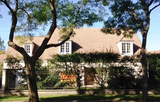 VENDU AIVB : Pavillon de 180 m² avec jardin PROCHE RER BUSSY SAINT GEORGES