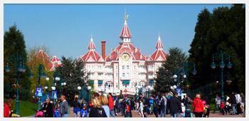 AIVB : le parc d'attraction de Disneyland Paris proche de Bussy St Georges